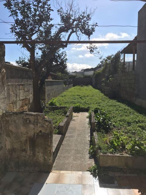 Abitazione storica con giardino